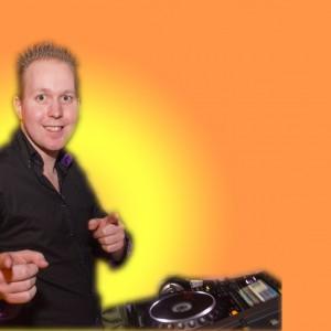 DJ Dennie